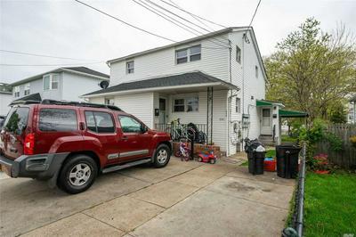 214 OAKLEY AVE, Elmont, NY 11003 - Photo 2