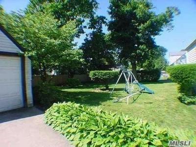 23 W ROOSEVELT AVE, Roosevelt, NY 11575 - Photo 2