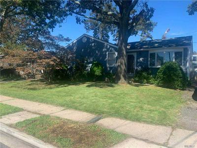 3605 LOCUST AVE, Seaford, NY 11783 - Photo 2