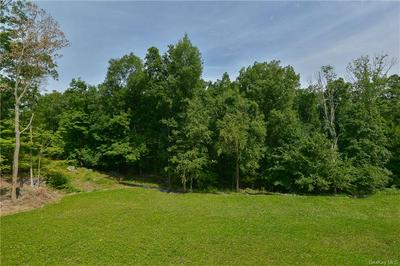 5 GUION LN, North Castle, NY 10506 - Photo 2