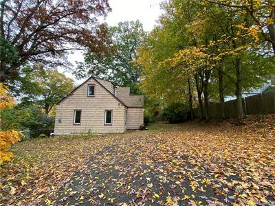 37 UNADILLA RD, Putnam Valley, NY 10579 - Photo 2