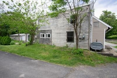 154 PATTERSON RD, SAUGERTIES, NY 12477 - Photo 2