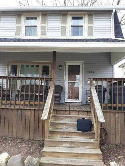 2154 WILLOUGHBY AVE, Wantagh, NY 11793 - Photo 2