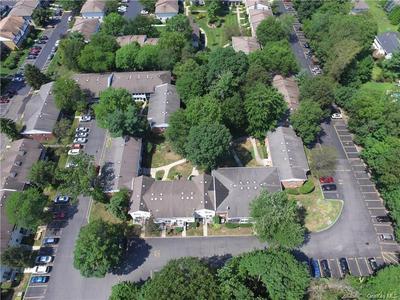8 SOMERSET DR APT 26Q, Ramapo, NY 10901 - Photo 2