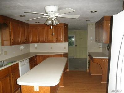 1339 WAVERLY AVE, Farmingville, NY 11738 - Photo 2