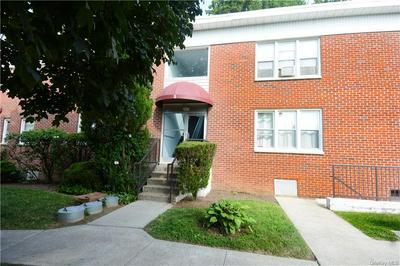5 STOKES RD APT 2A, Yonkers, NY 10710 - Photo 2