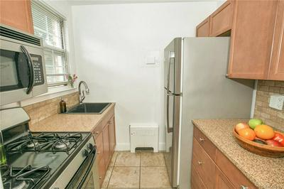 109 N BROADWAY APT L6, White Plains, NY 10603 - Photo 2