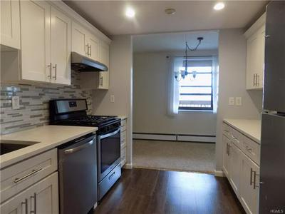 1376 MIDLAND AVE APT 501, BRONXVILLE, NY 10708 - Photo 1