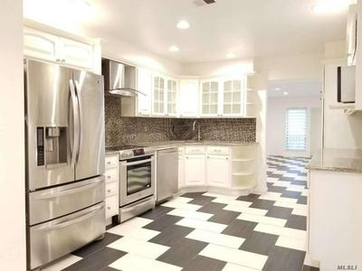 284 CARRIAGE HOUSE DR, Jericho, NY 11753 - Photo 2
