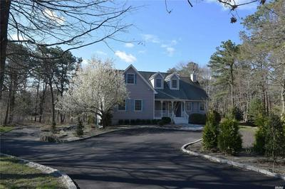 127 OLD COUNTRY RD, East Quogue, NY 11942 - Photo 1