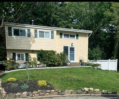 5 IVY PL, Hartsdale, NY 10530 - Photo 1