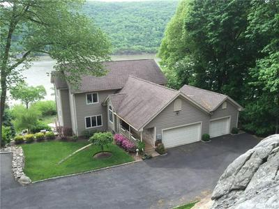 27 WAYNE AVE, Highlands, NY 10922 - Photo 1