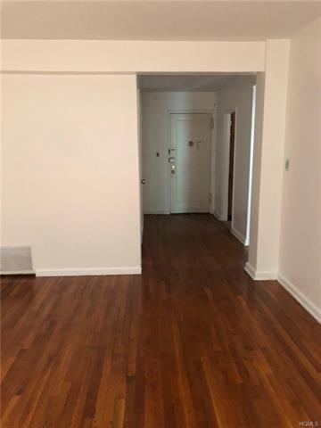2080 BARNES AVE APT 1E, BRONX, NY 10462 - Photo 1