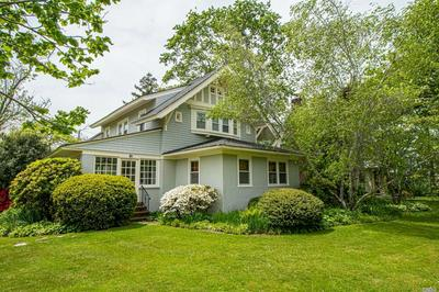 299 WINDSOR AVE, Brightwaters, NY 11718 - Photo 1