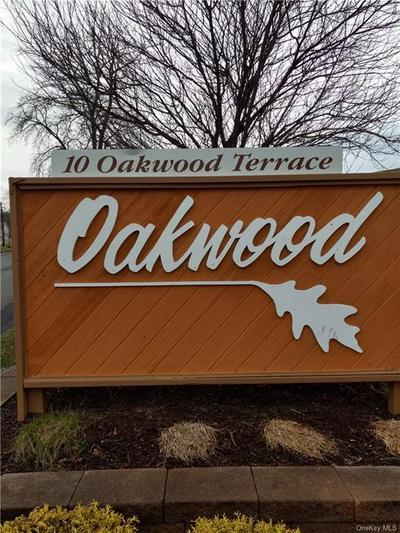 10 OAKWOOD TER APT 102, New Windsor, NY 12553 - Photo 1