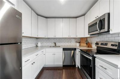 341 HERITAGE HLS UNIT B, Somers, NY 10589 - Photo 2