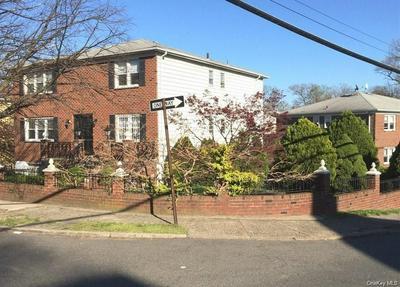 2 BRYN MAWR PL # 2, Yonkers, NY 10701 - Photo 2