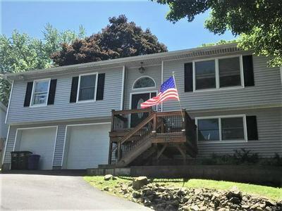 1357 LONGVIEW AVE, PEEKSKILL, NY 10566 - Photo 1