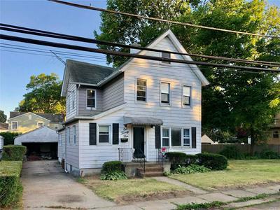 124 WRIGHT AVE, Malverne, NY 11565 - Photo 2