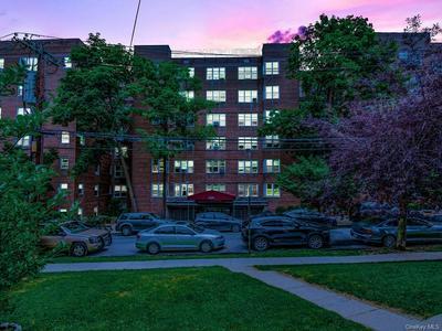 4380 VIREO AVE APT 3L, Bronx, NY 10470 - Photo 1