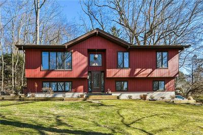 22 LAKEVIEW TER, Somers, NY 10501 - Photo 1