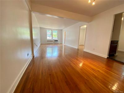 255 FIELDSTON TER APT 3D, Bronx, NY 10471 - Photo 1