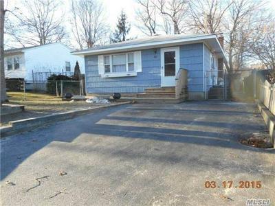 135 MORICHES AVE, Mastic, NY 11950 - Photo 1