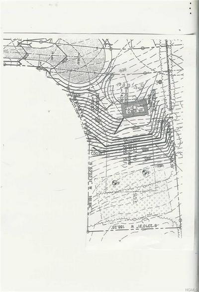 30 QUAKER HILL RD, Marlboro, NY 12547 - Photo 1