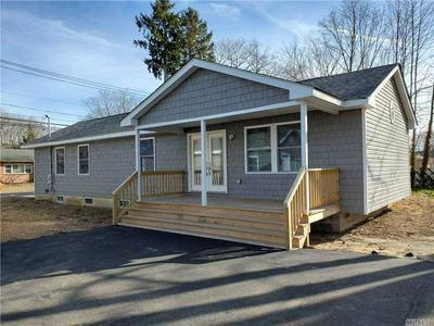 1394 COATES AVE, Holbrook, NY 11741 - Photo 2
