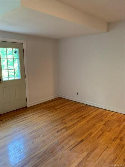 154 MARTLING AVE APT M8, Tarrytown, NY 10591 - Photo 2