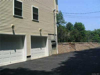 2923 LEXINGTON AVE # B, Mohegan Lake, NY 10547 - Photo 2