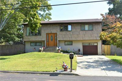 35 STARFIRE DR, Centereach, NY 11720 - Photo 1