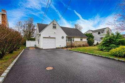 30 TURNER PL, Amityville, NY 11701 - Photo 2