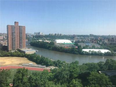 555 KAPPOCK ST APT 12P, Bronx, NY 10463 - Photo 1