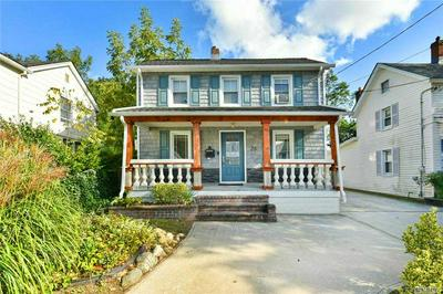 26 KENNEDY RD, Roslyn Heights, NY 11577 - Photo 1
