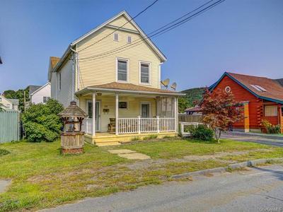 24 BUCKLEY ST, Port Jervis, NY 12771 - Photo 2