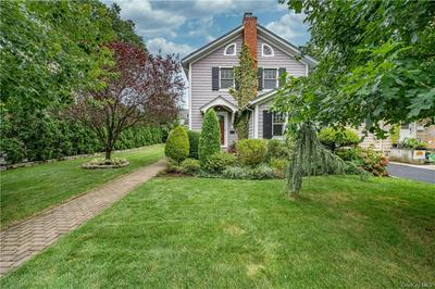 48 WEBSTER RD, Scarsdale, NY 10583 - Photo 2
