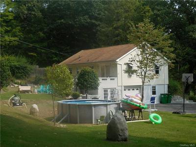 9 HENNIG LN, Pine Bush, NY 12566 - Photo 2