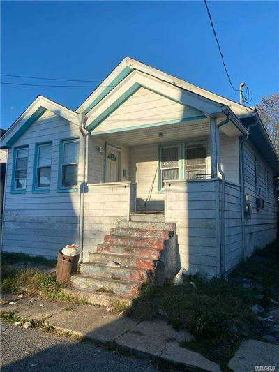 518 HANSON CT, Far Rockaway, NY 11691 - Photo 2
