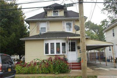 120 GLADYS AVE, Hempstead, NY 11550 - Photo 2