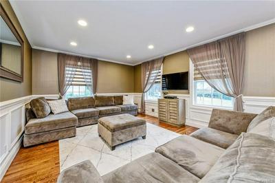 550 WARREN AVE, Mount Pleasant, NY 10594 - Photo 2