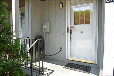 65 HEMLOCK CIR, Peekskill, NY 10566 - Photo 2