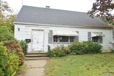436 HAVEN PL, Hewlett, NY 11557 - Photo 2