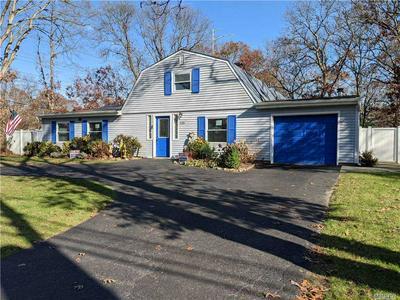 125 HOLBROOK RD, Holbrook, NY 11741 - Photo 1