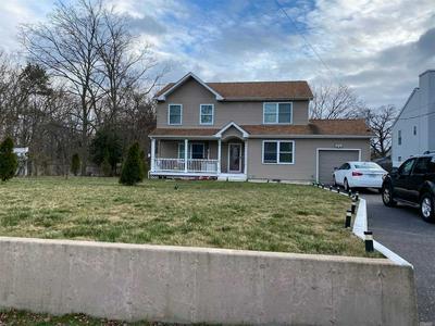 40 GRAND BLVD, Wyandanch, NY 11798 - Photo 1