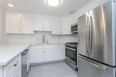 50 E HARTSDALE AVE APT 1J, Hartsdale, NY 10530 - Photo 2