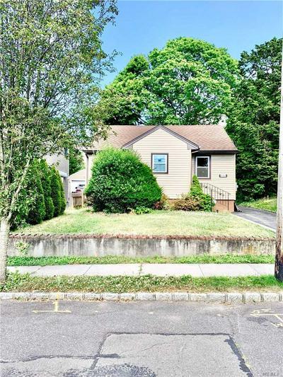 143 DEVON RD, Albertson, NY 11507 - Photo 1