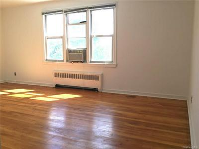 5 ARLINGTON ST APT 2B, Yonkers, NY 10710 - Photo 2