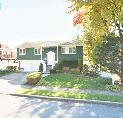 2774 CARLEY CT, North Bellmore, NY 11710 - Photo 2