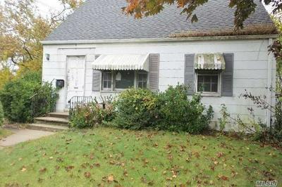 436 HAVEN PL, Hewlett, NY 11557 - Photo 1